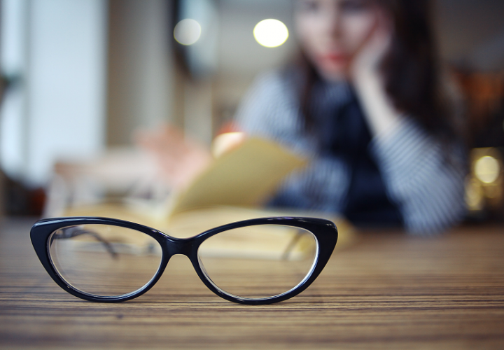 Complete Guide to Choosing Lenses for Your Glasses When Buying Online
