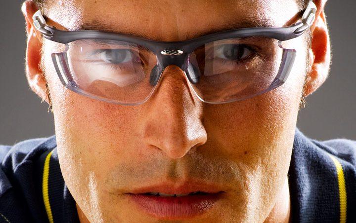 3 Tips for Choosing Sports Eyewear