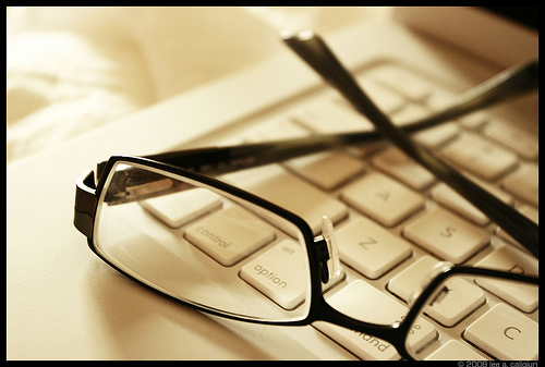 Purchasing Glasses Online VS Shopping At Brick And Mortar Stores