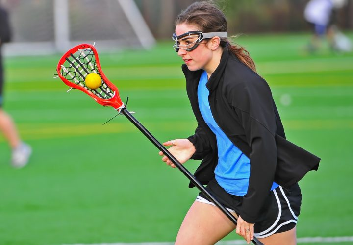 Why Protective Eyeglasses is So Important in Sports