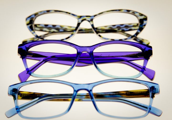 The Main Differences Between Metal & Plastic Eyeglass Frames