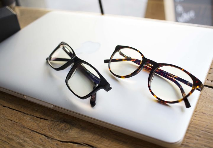 8 Things You Need to Check Before Purchasing Eyewear Online