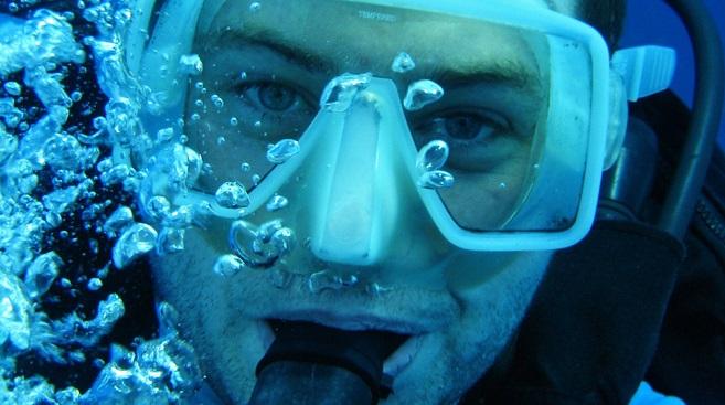 Scuba Diving: Prescription Mask or Contact Lenses