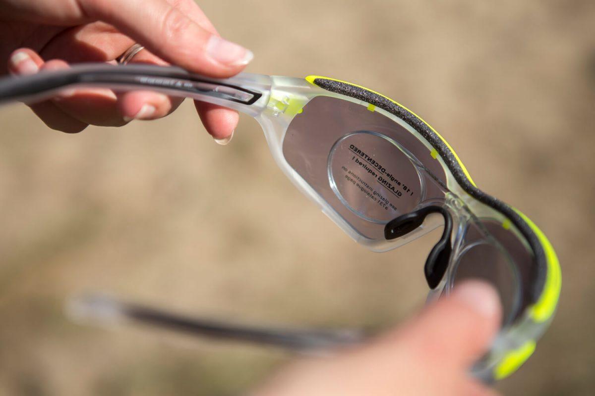 Een Adidas Fietsbril met insert.